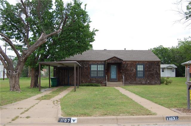 1107 Carolina St, Graham, TX 76450