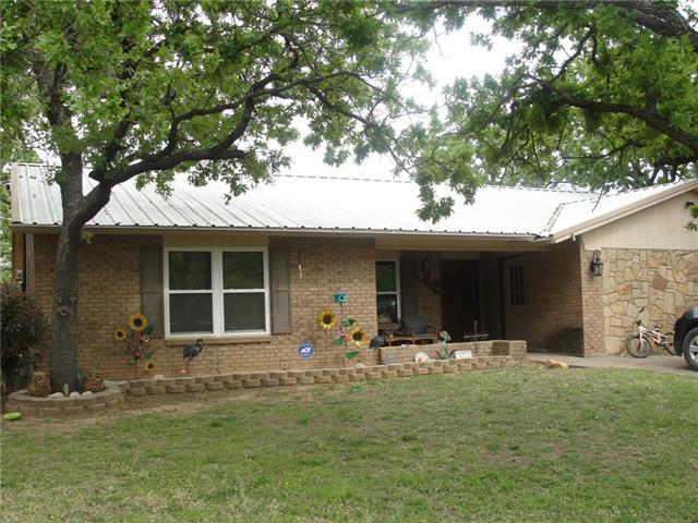 231 Massengale St, Jacksboro, TX 76458