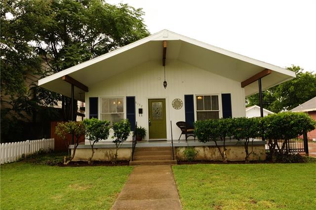 Photo of 5132 Calmont Avenue  Fort Worth  TX