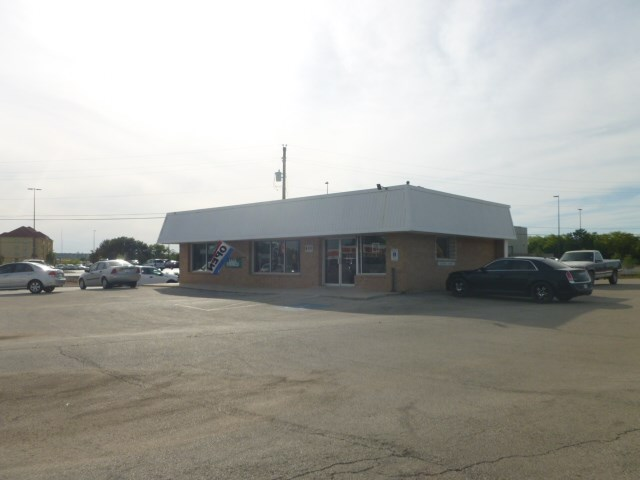 primary photo for 400 E Commerce Street, Brownwood, TX 76801, US