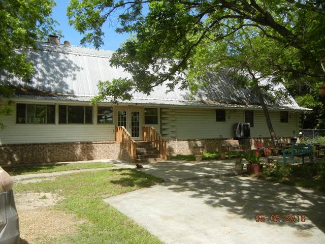 Photo of 660 COUNTY ROAD 549  Mullin  TX