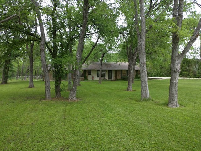 Photo of 12914 County Road 483  Lavon  TX