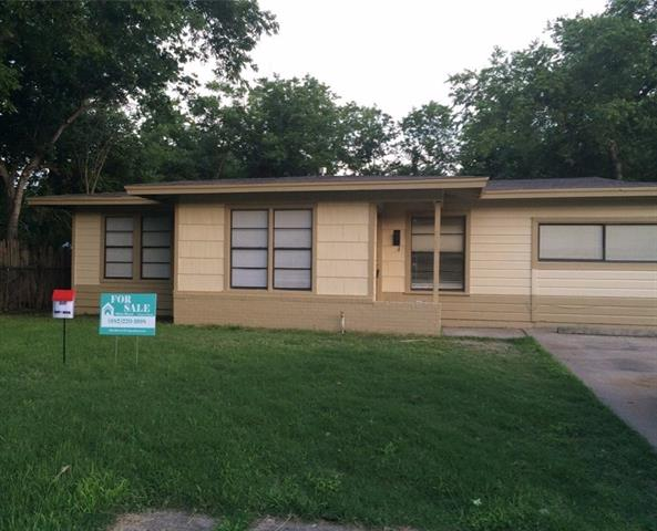 Photo of 4240 Emerson Street  Fort Worth  TX