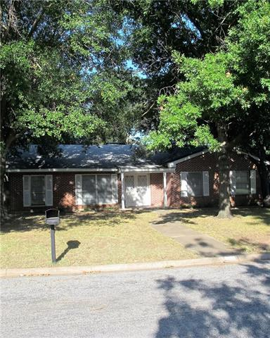 Photo of 3005 DOVER DR  Sherman  TX
