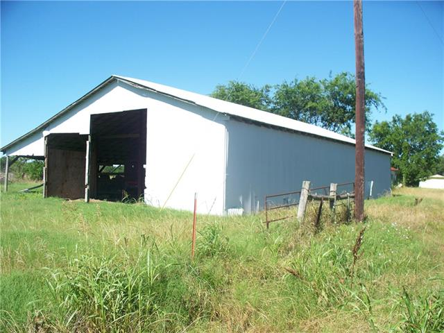 105 County Road 1150, Cumby, TX 75433