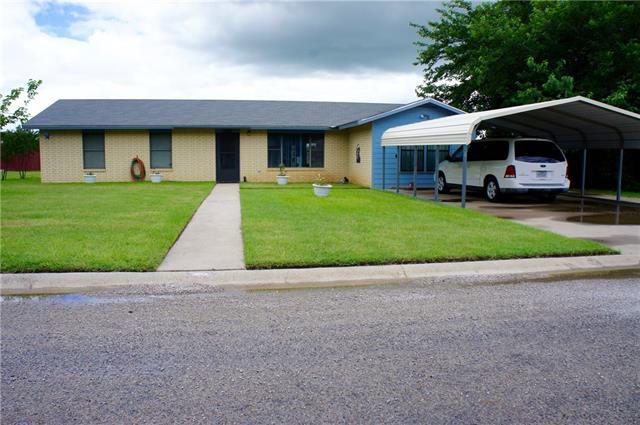 Photo of 127 Shenandoah Drive  Comanche  TX