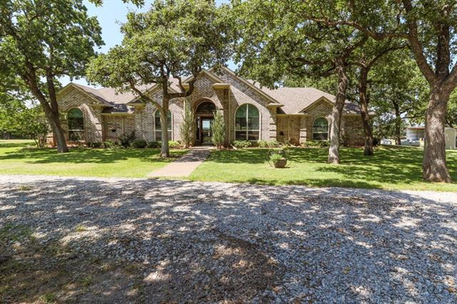 Photo of 782 County Road 3342  Paradise  TX