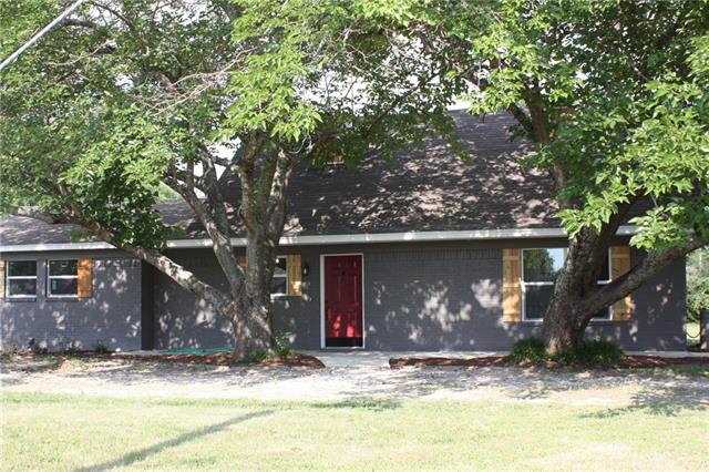 109 W Granger St, Blooming Grove, TX 76626