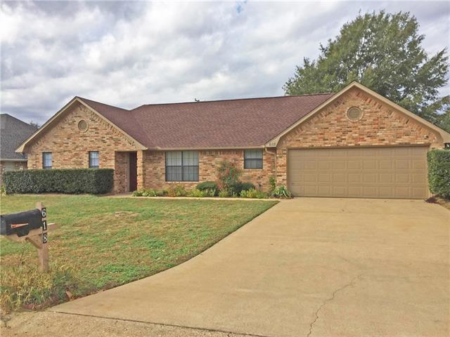 Photo of 618 Winchester Drive  Chandler  TX
