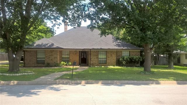 Photo of 6904 Church Park Drive  Fort Worth  TX