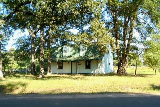 Photo of 111 County Road 2156  Quitman  TX