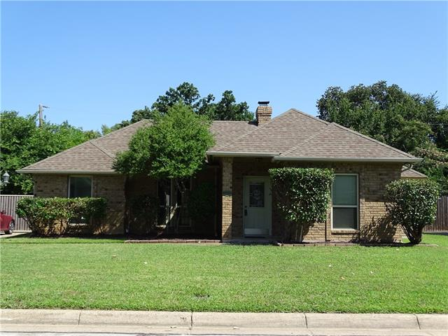 Photo of 5409 Stagetrail Drive  Arlington  TX