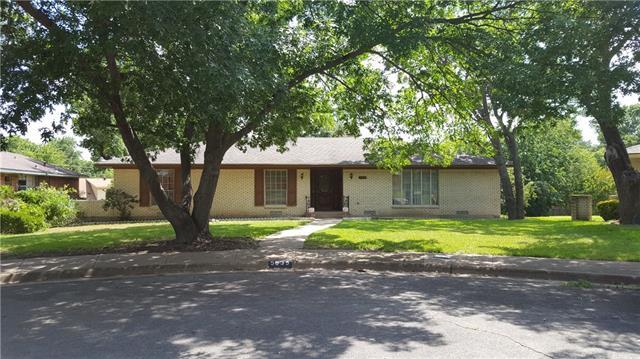 Photo of 5635 Elm Valley Lane  Dallas  TX