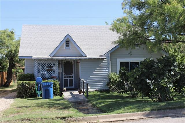 Photo of 1202 E Walker Street  Breckenridge  TX