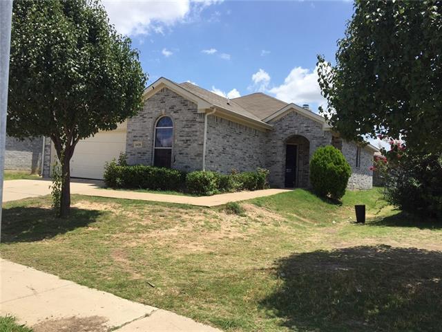 Photo of 6428 Waterhill Lane  Fort Worth  TX