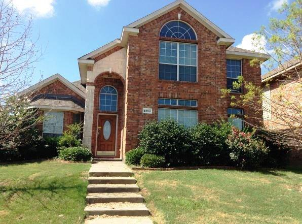 Photo of 1204 Yukon Drive  Glenn Heights  TX