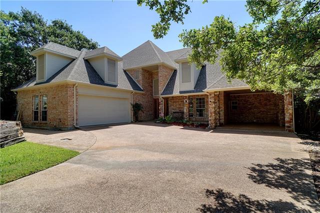 Photo of 1708 Lynhurst Lane  Denton  TX