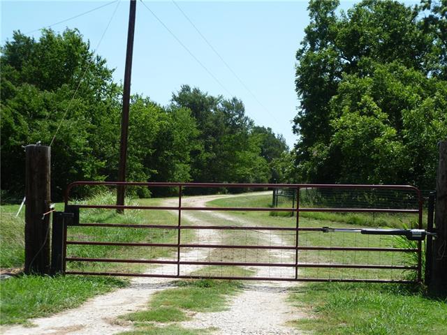 Photo of 1190 Redtail Hawk Lane  Wolfe City  TX