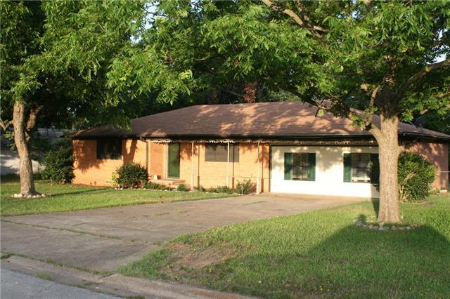 Photo of 159 N Pecan Street  Van  TX