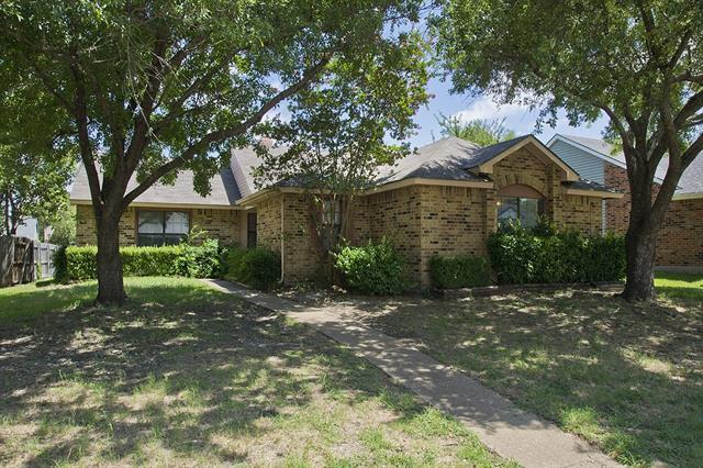 Photo of 1311 Crestwood Court  Allen  TX
