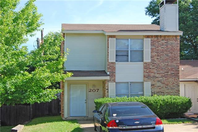 Photo of 207 Country Bend  Duncanville  TX