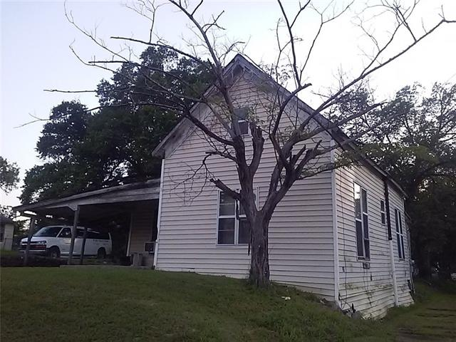 Photo of 330 E Day Street  Denison  TX