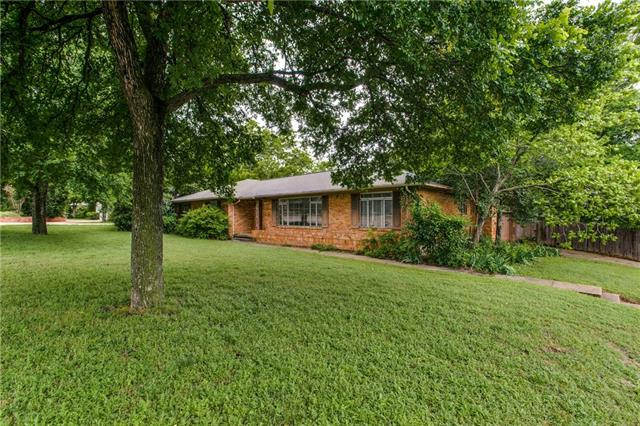 Photo of 11141 Hillcrest Road  Dallas  TX