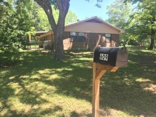 Photo of 609 E Mckay Street  Troup  TX