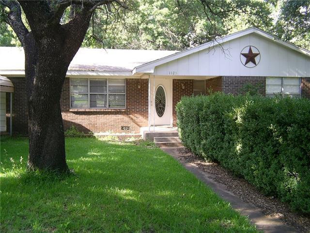 1123 E Ross St, Hamilton, TX 76531