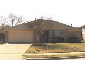 Photo of 320 Ashley Oak Lane  Lake Dallas  TX