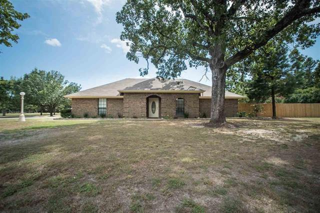 32 County Road 35940, Powderly, TX 75473