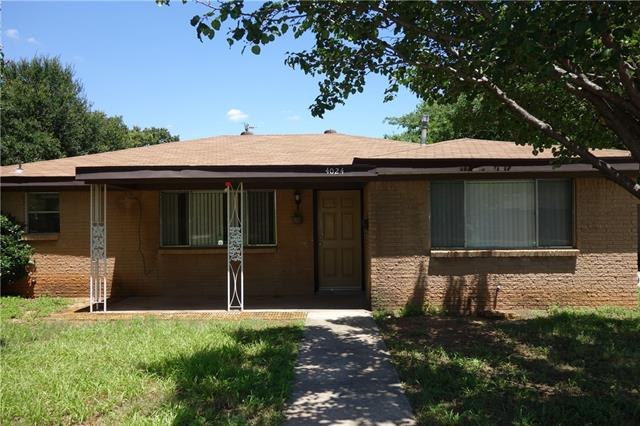 Photo of 4024 Delaware Trail  Lake Worth  TX