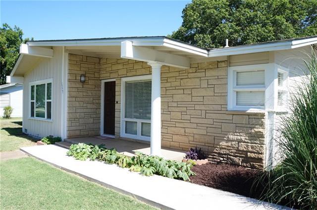 1327 Morado St, Graham, TX 76450