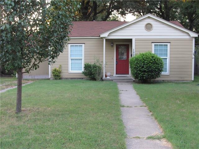 1524 Maplewood Ave, Corsicana, TX 75110