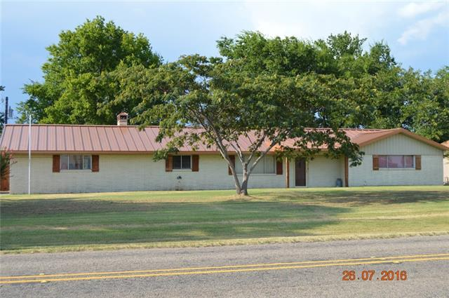 Photo of 106 W Oak Street  Yantis  TX