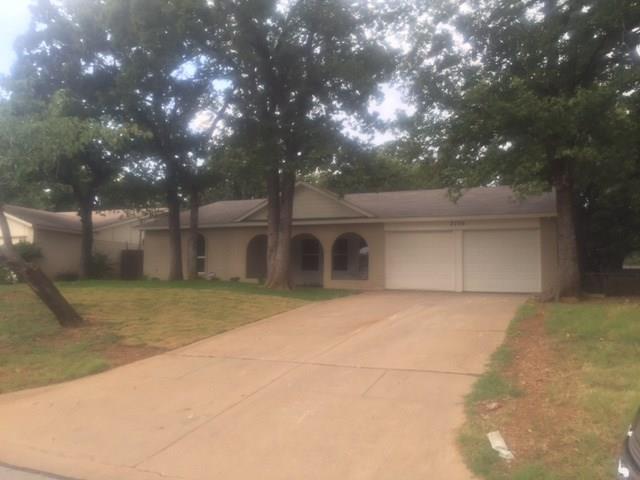Photo of 2706 Jewell Drive  Arlington  TX