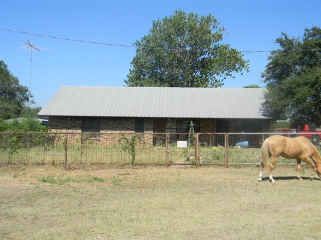 33808a Farm Road 2481 Hico, TX 76457