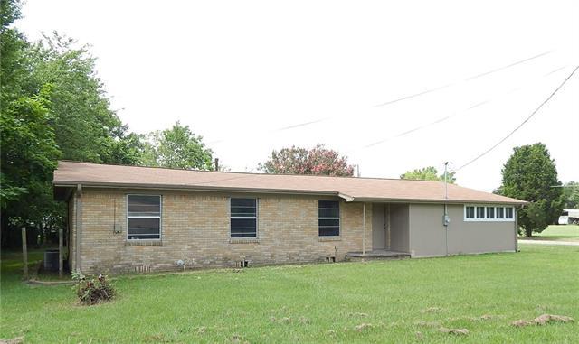 Photo of 502 E Pine Street  Malakoff  TX