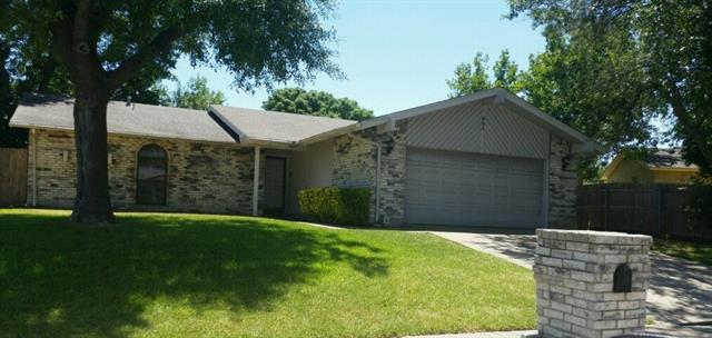 Photo of 501 Beatty Drive  Grand Prairie  TX