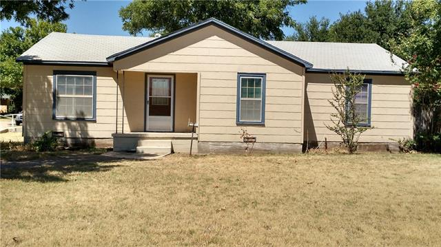 Photo of 701 N Avenue E  Haskell  TX