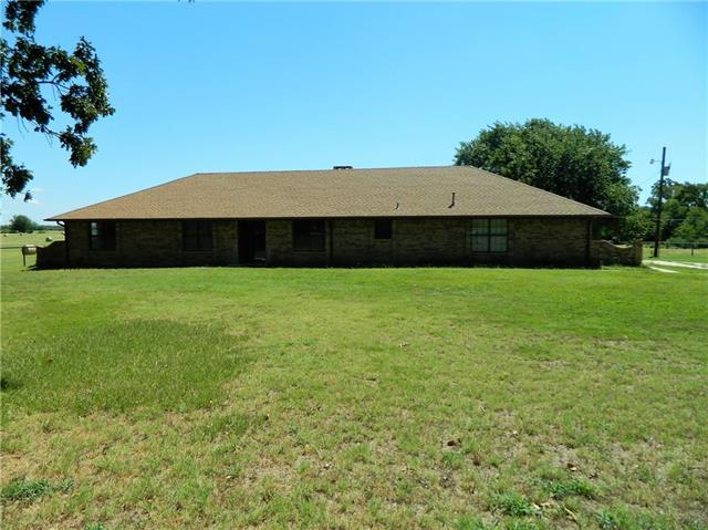 303 County Road SW 3055, Saltillo, TX 75478