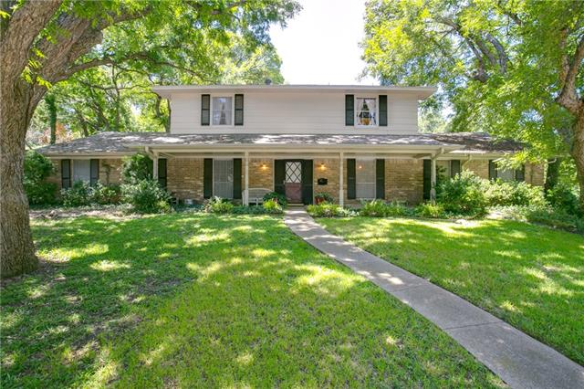 Photo of 2626 Deep Hill Circle  Dallas  TX