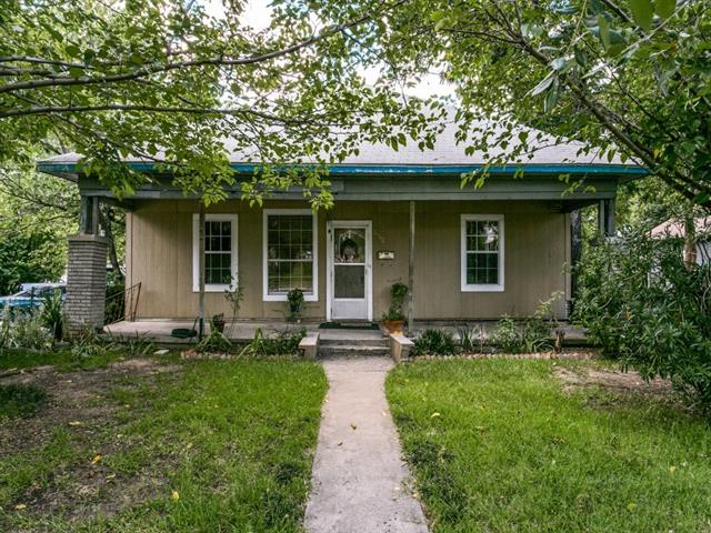 Photo of 2942 8th Avenue  Fort Worth  TX
