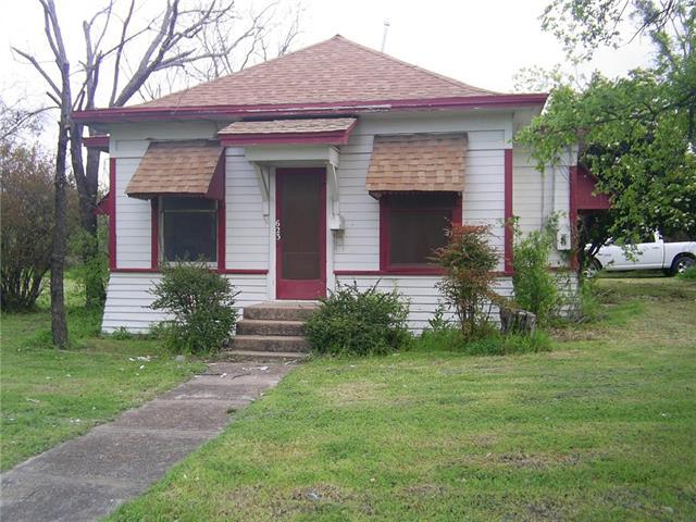Photo of 623 E Main Street  Hamilton  TX