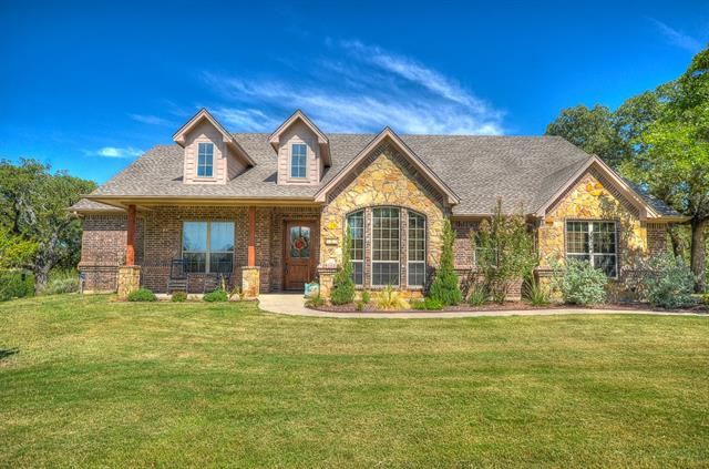 Photo of 615 County Road 3591  Paradise  TX