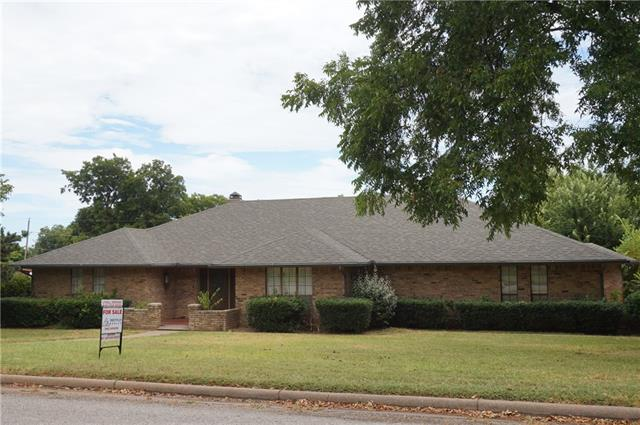 1329 Corvadura St, Graham, TX 76450