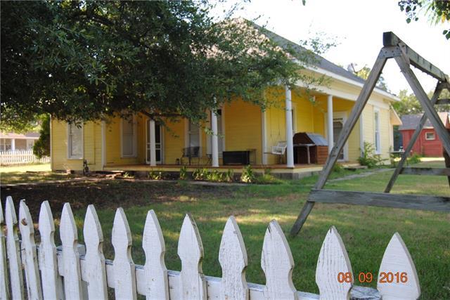 Photo of 213 W Morton Avenue  Boyd  TX