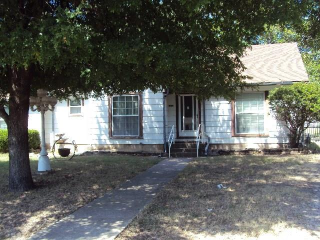 Photo of 3345 Sherwood Avenue  Lancaster  TX