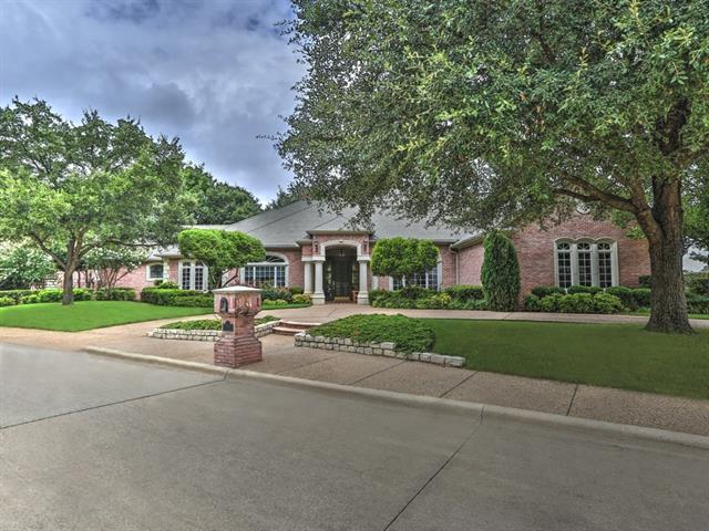 Photo of 7004 Mira Vista Boulevard  Fort Worth  TX