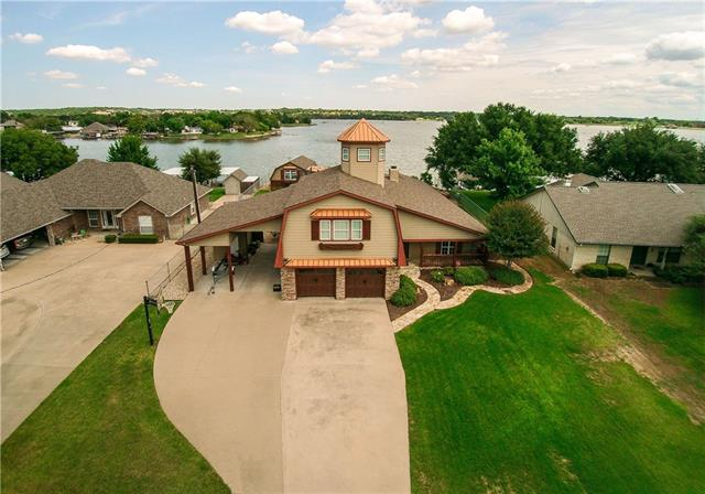 4005 Apache Trail Ct, Granbury, TX 76048